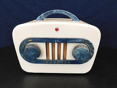 VINTAGE-1940s-ART-DECO-MID-CENTURY-CORONADO-ANTIQUE-RADIO-SWIRLED-CATALIN-COLOR
