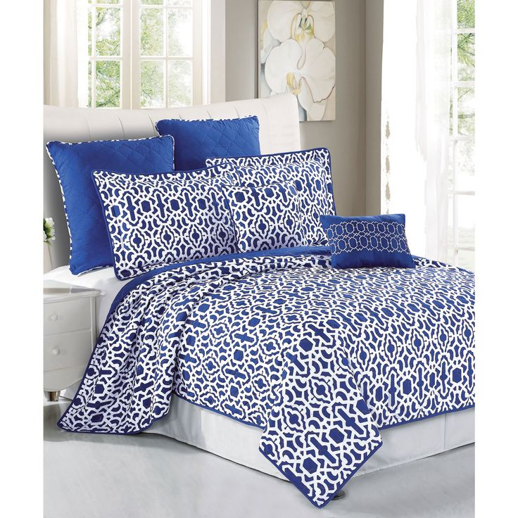 An Exotic Touch To The Bedroom: 1000+ Ideas About Royal Blue Bedrooms On Pinterest