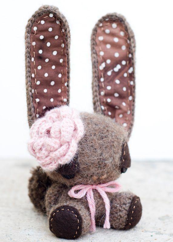 Lue and Sue: Brown Bunny