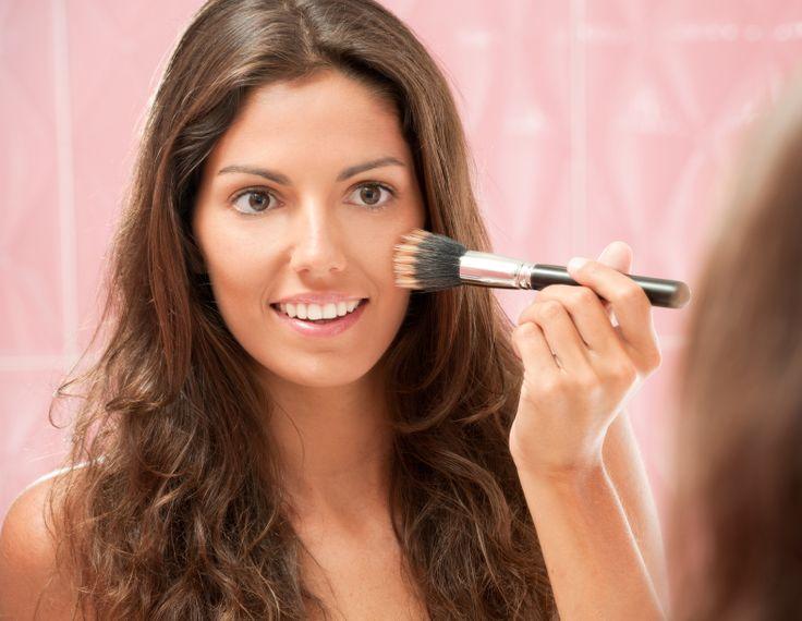 Trucuri de #machiaj care iti usureaza viata.  #makeup #ochi #buze #frumusete #cosmetice