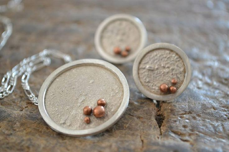 Reticulated silver & granulated copper - pendant & studs :: Caro Fischer :: Joyería Contempránea de Autor :: Contemporary Handcrafted Jewelry