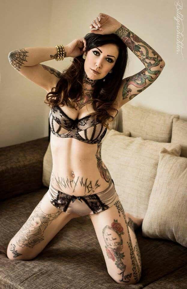 Pin By Hari Maulana On Girls With Tattoos Girl Tattoos Tattoos Inked Girls