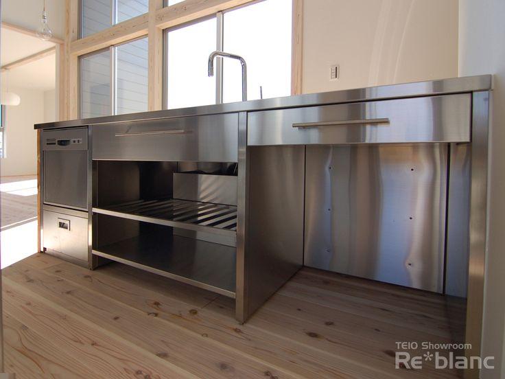 ステンレス×古材  素材にこだわったキッチン[デザインキッチン] - 静岡県浜松市でオーダーキッチンをお探しなら re*blanc