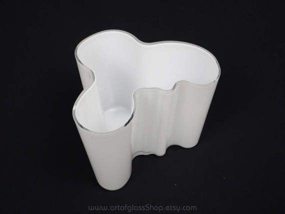 Iittala 'Savoy' white glass vase by Alvar Aalto