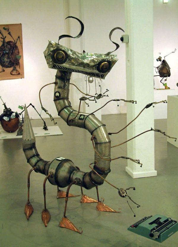 alt metall tausendf ler skulptur metall art pinterest. Black Bedroom Furniture Sets. Home Design Ideas