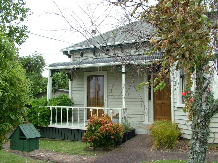 1950s NZ weatherboard house