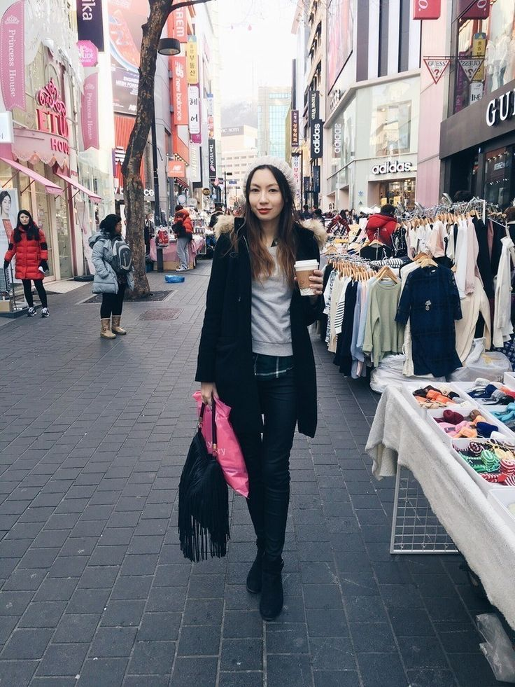 What's #travel without some #local inspiration? #Seoul is calling with @thinkit_dreamit #ootd