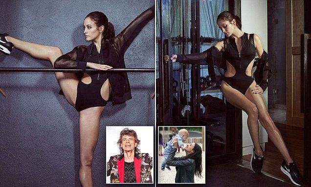Melanie Hambrick shows off her abs after having a son with Mick Jagger