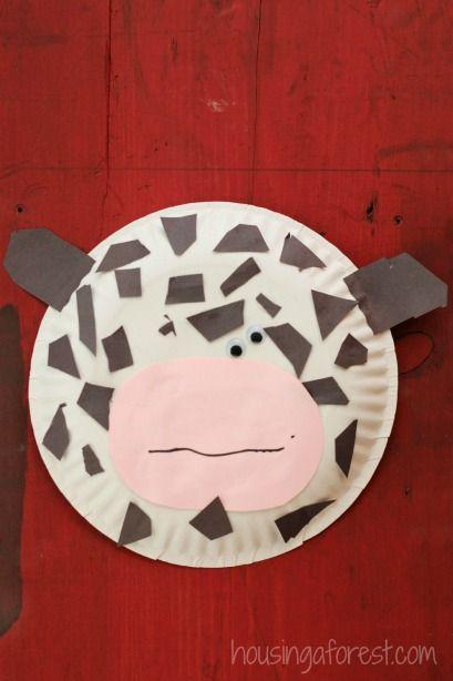 Paper Plate CowHelen Mooney
