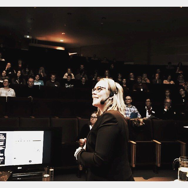 Thanks for good questions dear #audience  @lapinamk link to presentation @my #blog  link in bio #lovemyjob #lecturerlife #publicspeaking #karismaa #kummaakarismaa by @forestgrapher thanks