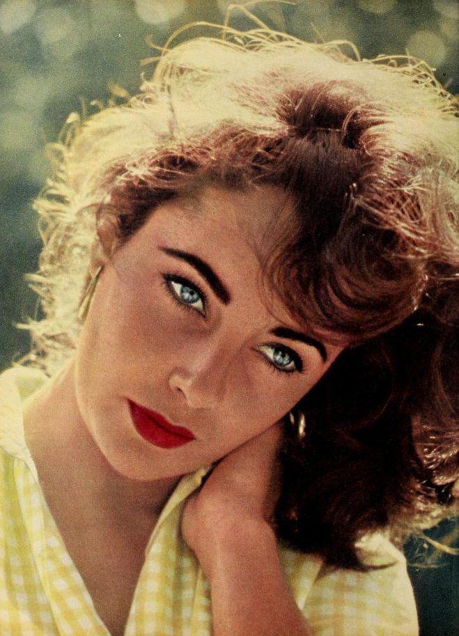 Elizabeth Taylor, 1957. Photo by Bob Willoughby