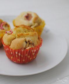 Rhabarber Joghurt Muffins - SweetPie