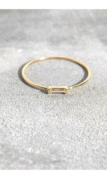 Trois Petits Points bague diamant baguette------#troispetitspoints #bijou #jewelry #bague #ring #gold #or #diamant #diamond