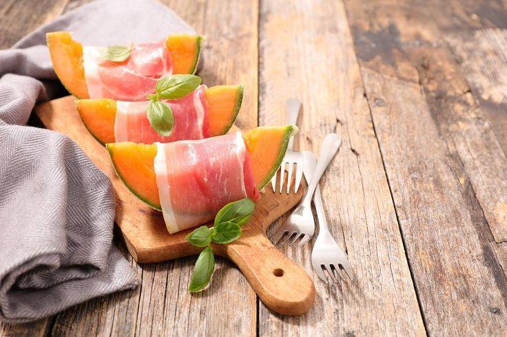 """There is no #love more sincere than that for #food"" #Today #melon and #parmaham #Enjoy #Comingsoon #Emiliafoodlove #emiliafoodlovers www.emiliafood.love  ""Non cè #amore più sincero di quello per il #cibo"" #Oggi #melone e #prosciuttodiparma #Buonappetito a tutti!! www.emiliafood.love #followus #photooftheday #italianfood #italy #selection #quality #foodgasm #foodpics #foodpic #foodlovers #shop #prosciutto #foodstagram #foodblogger #loveit"