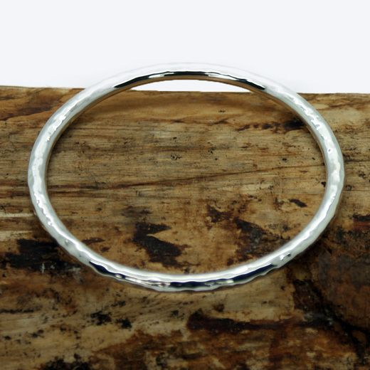 Pura Mexico Sterling Silver Hammered Bangle - traditional design