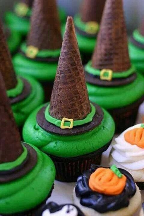 Trick or treat? Halloween themed cupcakes! #halloween #treat #chocolate: Hats, Halloween Parties, Witch Hats, Idea, Halloween Witch, Hats Cupcakes, Halloween Cupcakes, Halloween Treats, Ice Cream Cones