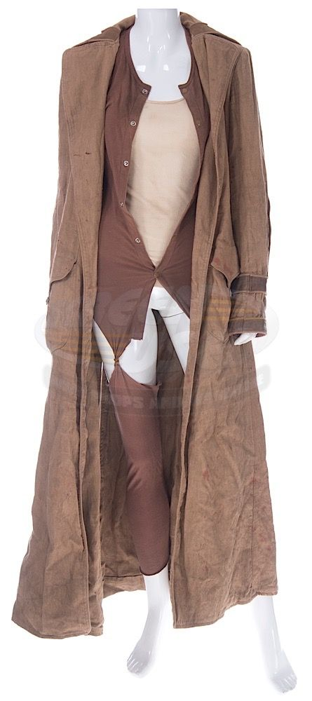 Resident Evil: Extinction / Alice's Outfit (Milla Jovovich) | ScreenUsed.com