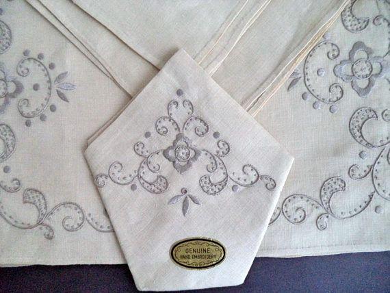 NEW Madeira Marghab Hand Embroidered Set Lot Ecru Linen 4/4