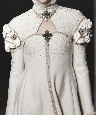 """"""" Detail at Chanel Pre-Fall 2013 Paris-Edinburgh """""""