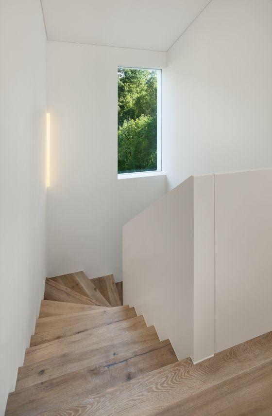 die 25 besten ideen zu treppenhaus streichen auf. Black Bedroom Furniture Sets. Home Design Ideas