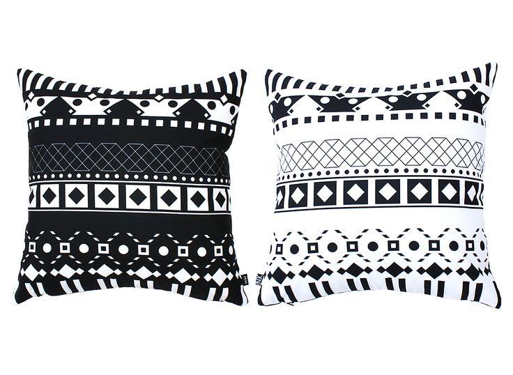 The versatile 2 cushions in 1 ! Ekkekko, the domestic goddess cushion
