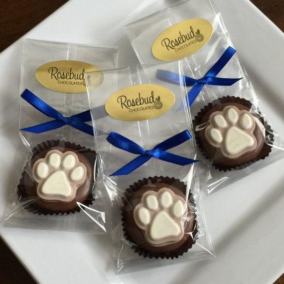 12 Chocolate Paw Print Oreo Cookie Favors by rosebudchocolates