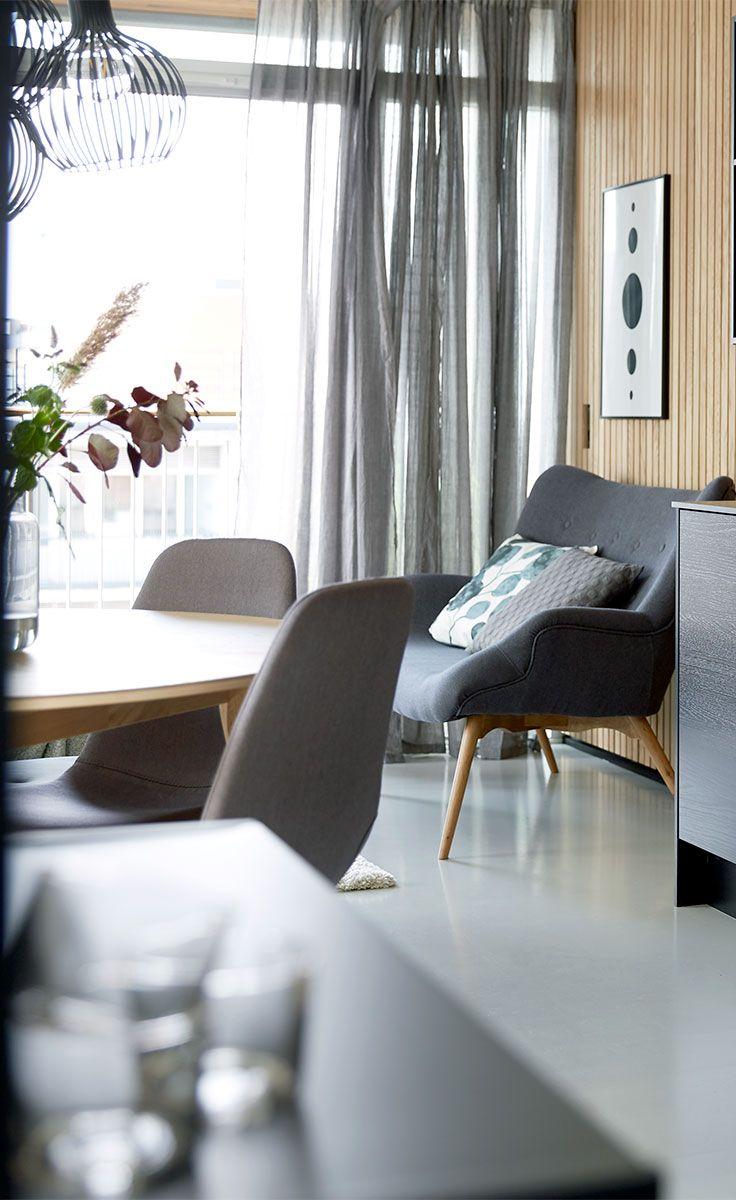 Klassisk skandinavisk design med rene linjer kombineret med mørke farver fra Dark Deco-stilen.