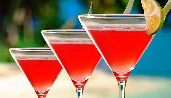 Surinaams eten – Cherry Paramaribo (cherry cocktail met wodka)