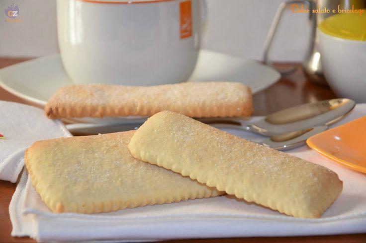 Biscotti della mamma, colazione Oggi in visita a casa di mamma, dove ho dovuto (con molto piacere) accontentare una sua richiesta alla quale non ho potuto