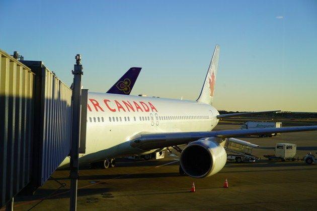 2. Air CANADA で冬のカナダ・アルバータへ