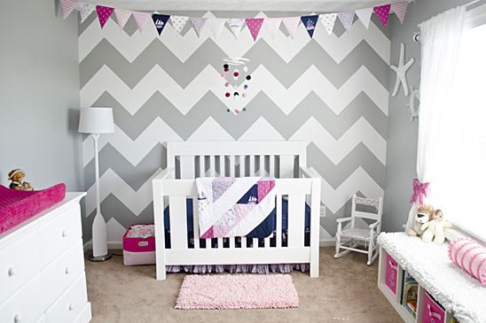 Mmm, more grey. Can't decide what I like better--grey chevron or grey stripes. I think chevron's winning. Love the bunting!   Pink and Navy Nautical Nursery