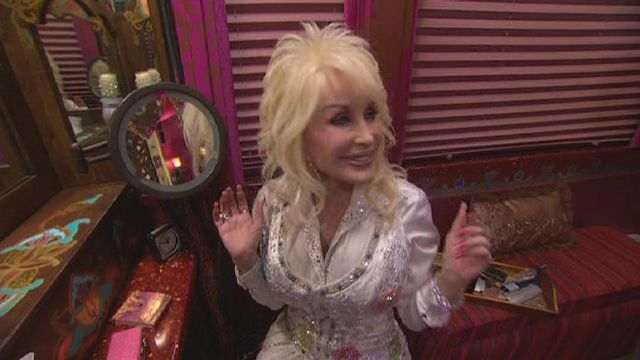 Dolly tour bus! That would be a dream to ride Gypsy style with the Queen of Country! Gypsy Country!