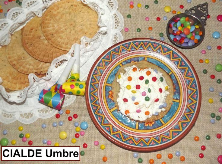CIALDE Umbria - Uno fra i tanti dolci tradizionali italiani preparati durante il CARNEVALE - One of the many traditional Italian desserts prepared during CARNIVAL