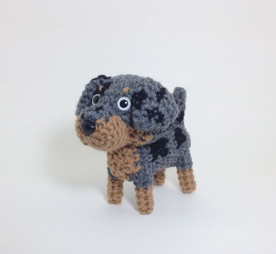 Amigurumi Louisiana Catahoula Leopard Dog for dog lovers and amigurumi lovers!    *Size  5 1/2 tall (14 cm)      Please check the shop announcement for