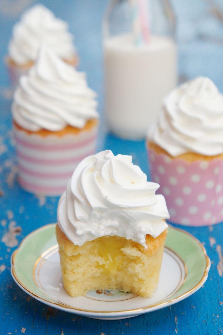 Cupcake de Baunilha com Lemon Curd   Vídeos e Receitas de Sobremesas