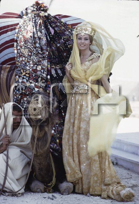 Michèle Mercier dans 'Angélique et le Sultan' en 1967