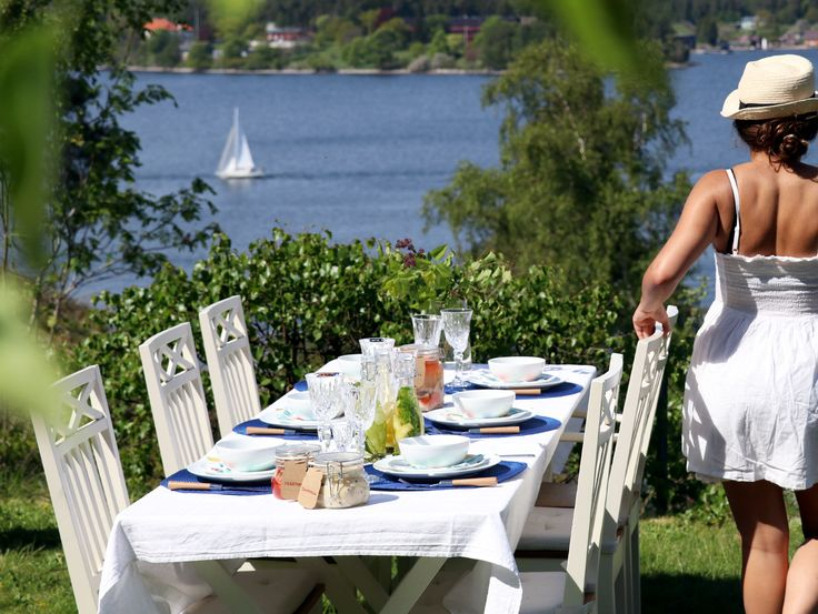 How to set a Swedish mid summer table #lagerhaus