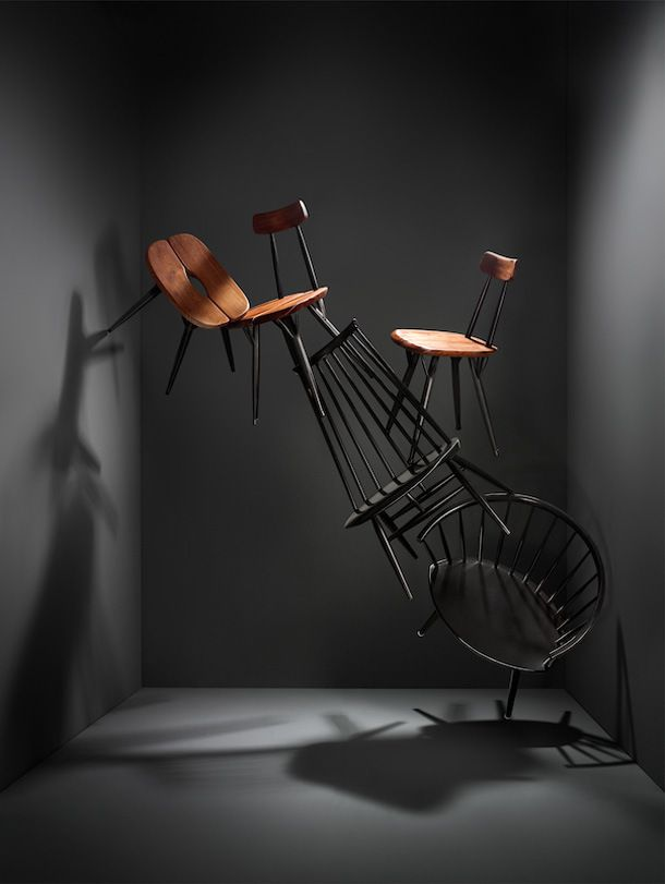 i like the way they used the room and chairs to make a model of a unique shape