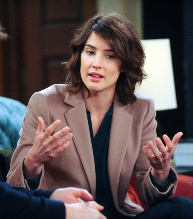 Still of Cobie Smulders in How I Met Your Mother.  Like the hairstyle.