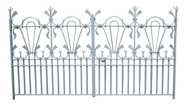 ORNATE AND UNUSUAL PAIR OF LATE 19TH C. WROUGHT IRON GATES - UK Architectural Heritage - 272 cm