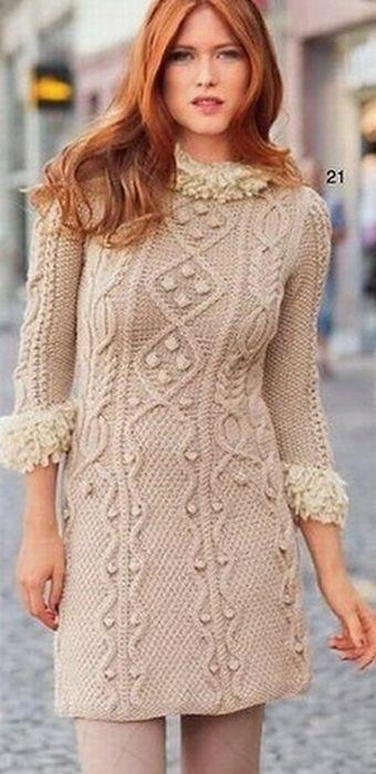 Узорчатое платье спицами из Сабрины 1-2013 + два воплощения от Venera Kazan