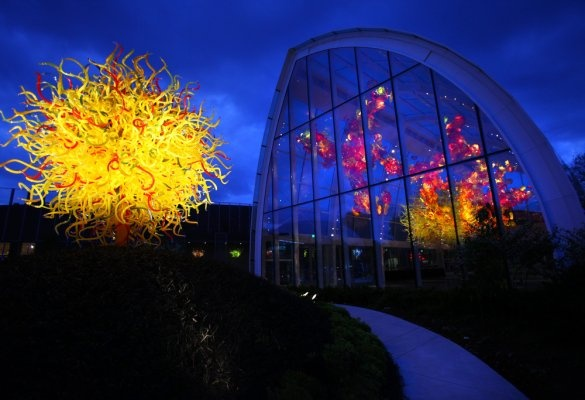 A peek inside the Chihuly Garden and Glass museum