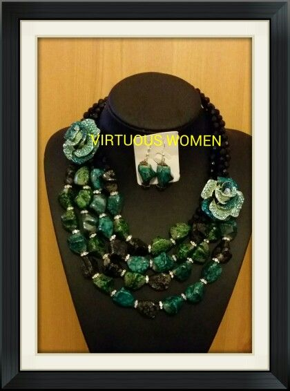 Green rose flower large beads necklace
