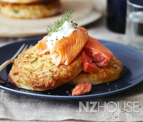 Eggy Fried Crumpets with Salmon and Cream Cheesehttp://nzhouseandgarden.co.nz/eggy-fried-crumpets-with-salmon-cream-cheese/