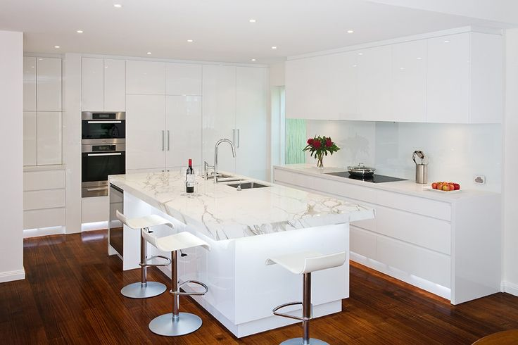 Malvern Kitchen - Malvern Kitchen 1 (1)