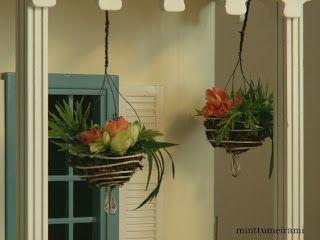 minttumeiramin miniatyyrit: Kukka-amppeleita - Flower Baskets