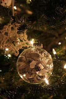strips of sheet music in a glass ball ornament... I did mine with curling ribbon!: Crafts Ideas, Christmas Crafts, Christmas Stuff, Christmas Sheet Music, Ball Ornaments, Glasses Ball, Christmas Decor, Christmas Ornaments, Christmas Ideas