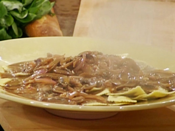 Porcini Ravioli With Wild Mushroom Demi Glace Cream Sauce Recipes Mushroom Cream Sauces