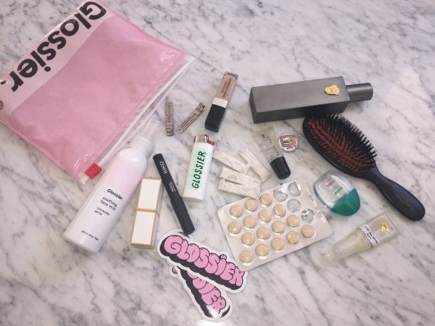Beauty Bag Spill with @AnnieKreigh of @intothegloss in @glitterguide #Viviscal