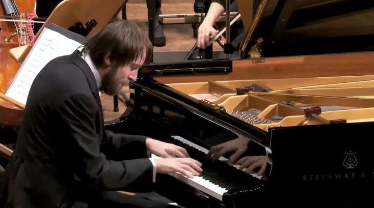 Frédéric Chopin: Piano Concertos No.2 in F minor & No.1 in E minor – Daniil Trifonov, Mahler Chamber Orchestra, Mikhail Pletnev